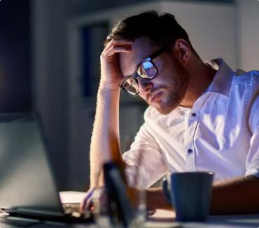 Синдром «сухого глаза»: в группе риска геймеры, программисты, автолюбители и путешественники